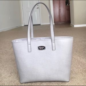Michael kors Jet set travel tote and wallet